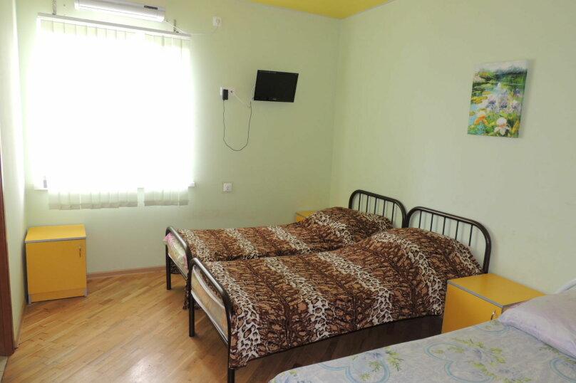 Комфорт с санузлом в номере , Новороссийская улица, 132, Геленджик - Фотография 4