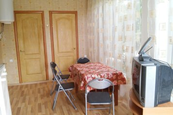 Коттедж на 6 человек, 2 спальни, улица Академика Сахарова, 15, район Алчак, Судак - Фотография 2