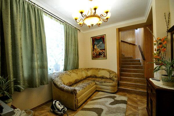 4-комн. квартира, 100 кв.м. на 7 человек, Пролетарская улица, 9, Гурзуф - Фотография 1