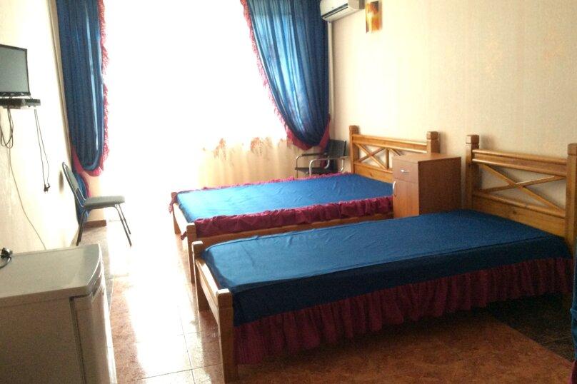 Трёхместный  + дополнительное место, Парниковая, 2, село Приветное - Фотография 3