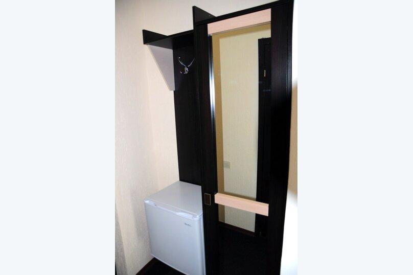 2 местные номера с двуспальной кроватью 2 этаж, Вишневая, 38, Евпатория - Фотография 4