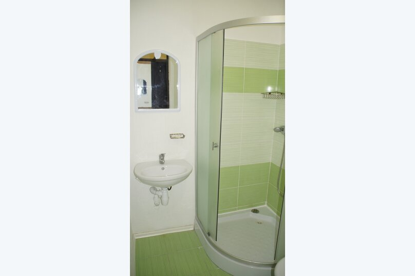 2 местные номера с двуспальной кроватью 2 этаж, Вишневая, 38, Евпатория - Фотография 5