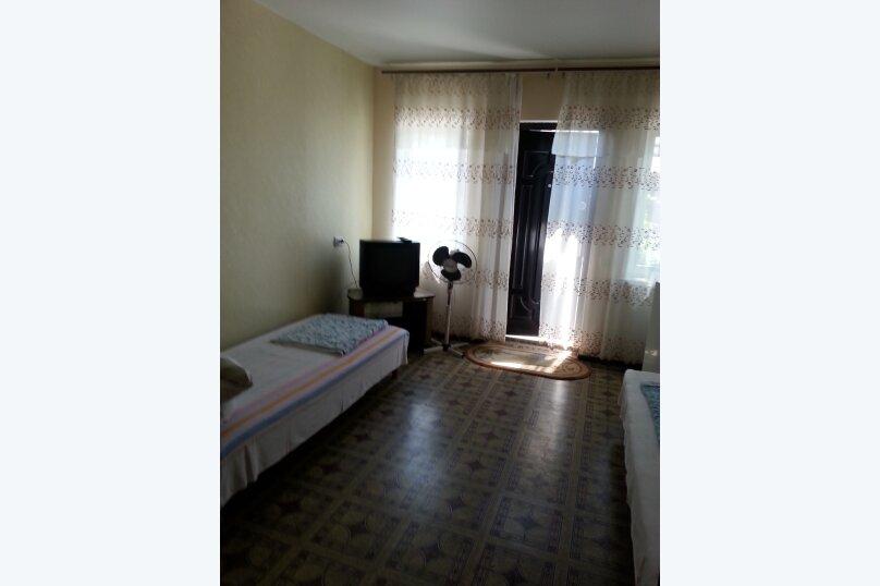 "Гостевой дом ""На Свердлова 8"", улица Свердлова, 8 на 4 комнаты - Фотография 12"