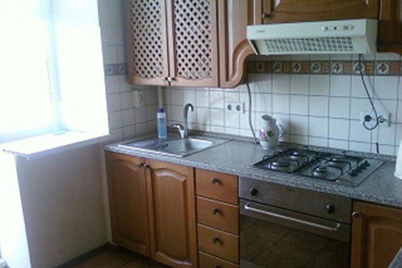 3-комн. квартира, 70 кв.м. на 10 человек, улица Самокиша, 10А, Симферополь - Фотография 11