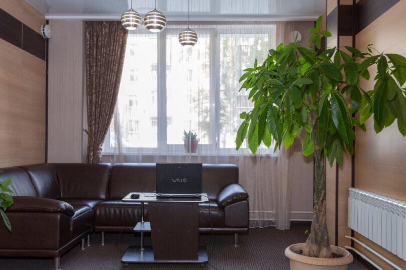 """Апарт-отель """"RESIDENT"""", улица Крылова, 64/1 на 15 комнат - Фотография 17"""