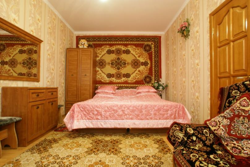 Розовый, улица Революции 1905 года, 92, Севастополь - Фотография 3