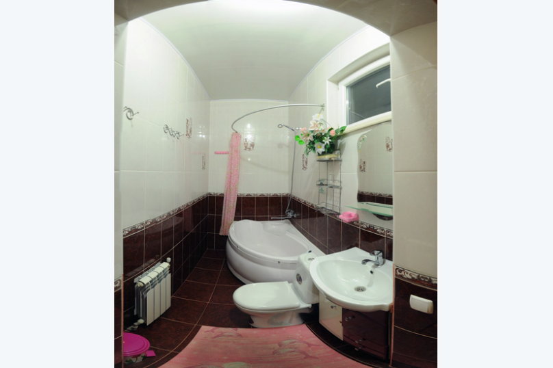 "Гостевой дом ""MARINE"", улица Революции 1905 года, 92 на 8 комнат - Фотография 31"
