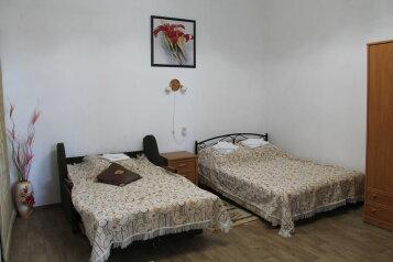 1-комн. квартира, 30 кв.м. на 3 человека, улица Фрунзе, 11, Алупка - Фотография 1