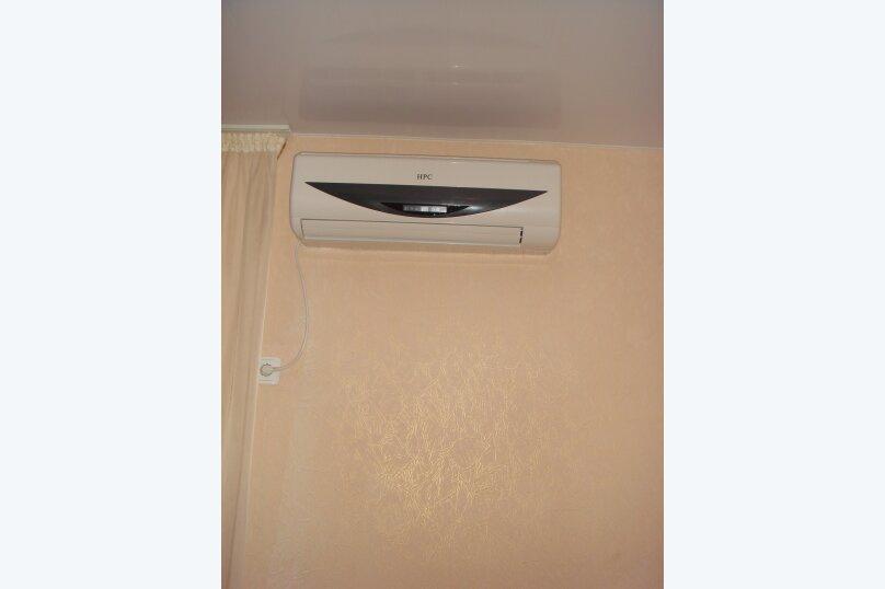 1-комнатный люкс с балконом №9, ж-дорожная, 7, поселок Приморский, Феодосия - Фотография 1