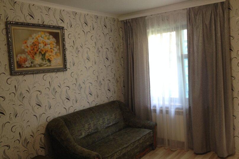 Сдам Дом в Евпатории, 30 кв.м. на 4 человека, 1 спальня, улица Пушкина, 57, Евпатория - Фотография 2