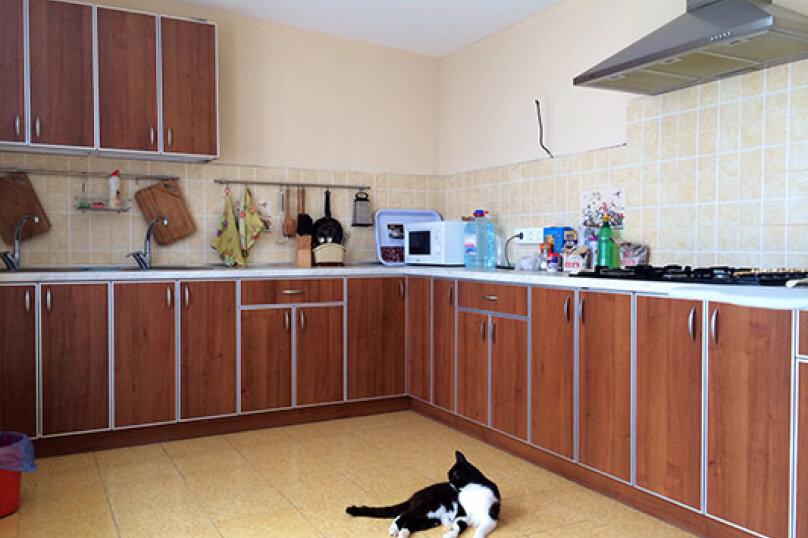 """Гостевой дом """"Канны"""", улица Шершнёва, 22В на 8 комнат - Фотография 23"""