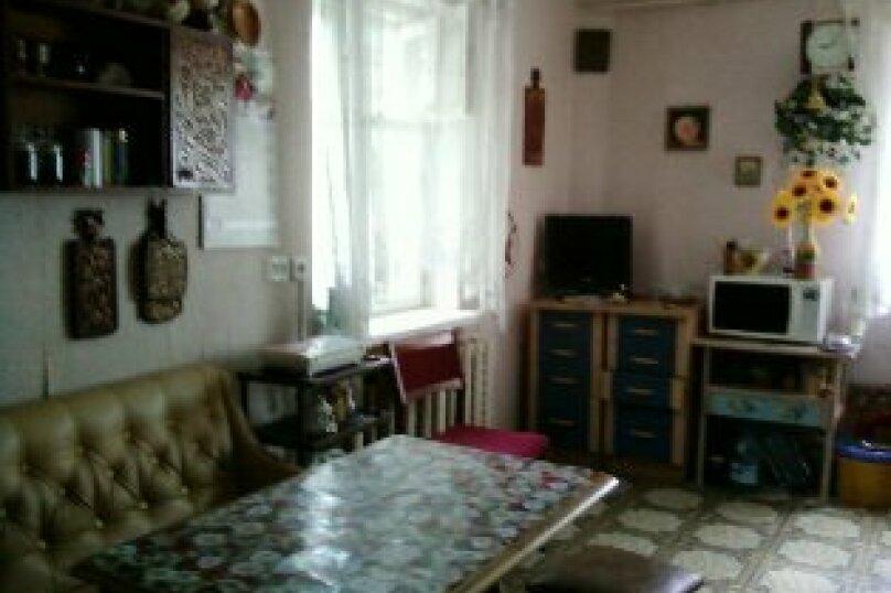 3 комнатный дом  возле моря, 70 кв.м. на 8 человек, 3 спальни, переулок Голикова, 6, Евпатория - Фотография 4
