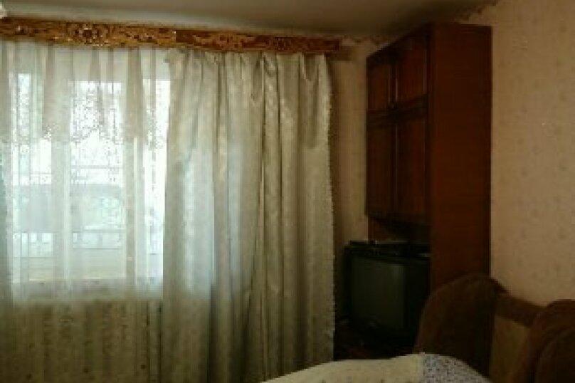 3 комнатный дом  возле моря, 70 кв.м. на 8 человек, 3 спальни, переулок Голикова, 6, Евпатория - Фотография 6