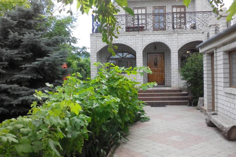 Дом, 185 кв.м. на 8 человек, 4 спальни, Садовая улица, 19, Феодосия - Фотография 2