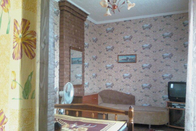 2-комн. квартира, 27 кв.м. на 4 человека, Санаторный переулок, 13, Судак - Фотография 10