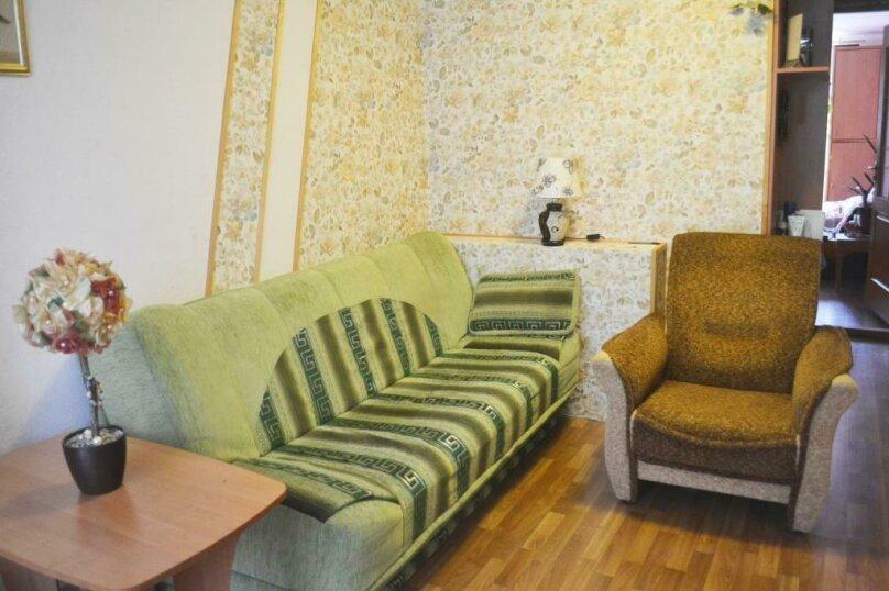 2-комн. квартира на 4 человека, Крымская улица, 82А, Феодосия - Фотография 3