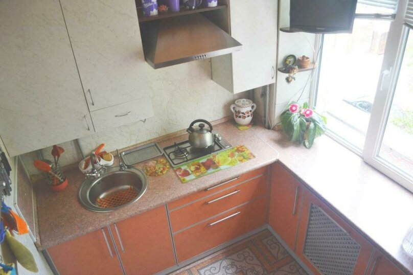 2-комн. квартира на 4 человека, Крымская улица, 82А, Феодосия - Фотография 7