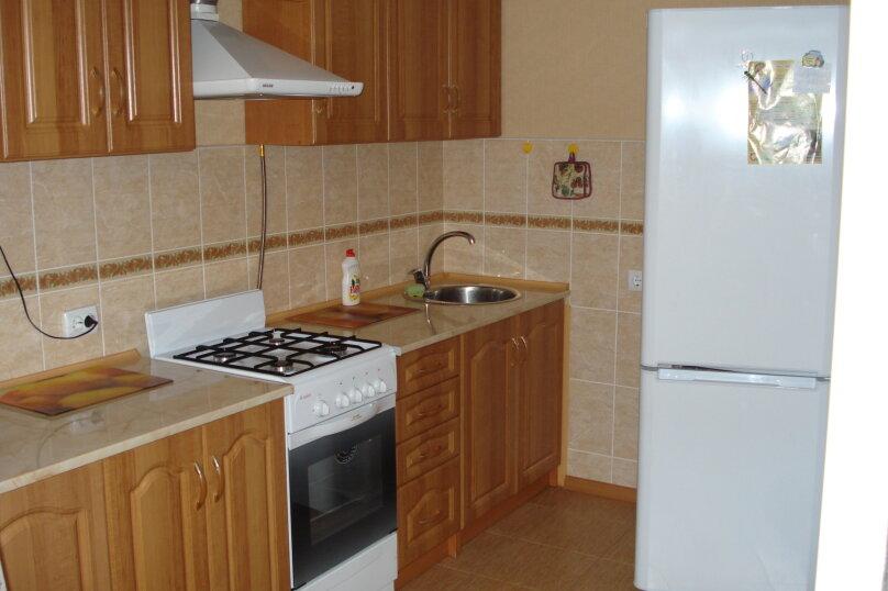 1-комн. квартира, 40 кв.м. на 4 человека, улица Коммунаров, 26, Ейск - Фотография 2