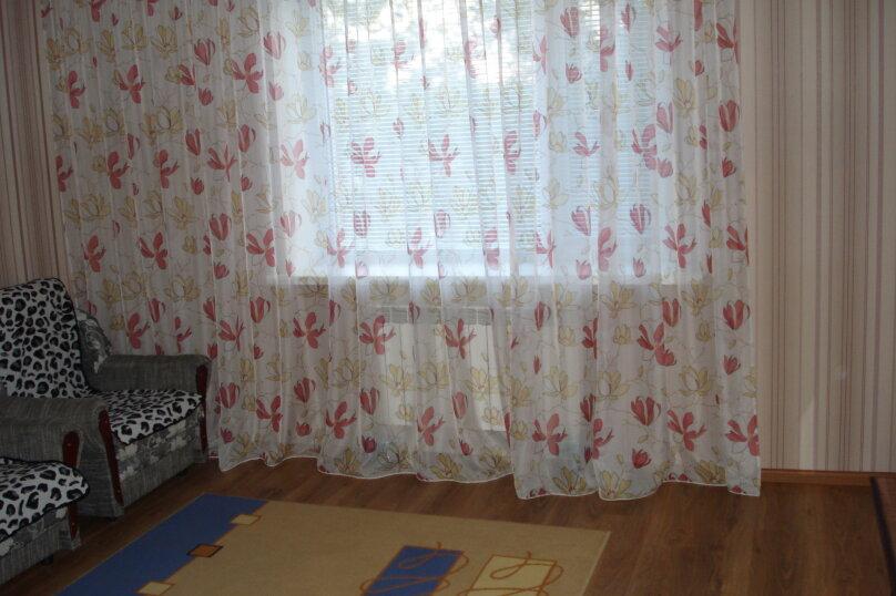 1-комн. квартира, 40 кв.м. на 4 человека, улица Коммунаров, 26, Ейск - Фотография 6