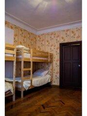Комфортный восьмиместный номер:  Номер, Эконом, 8-местный, 1-комнатный, Мини-отели, Пятницкого на 7 номеров - Фотография 4