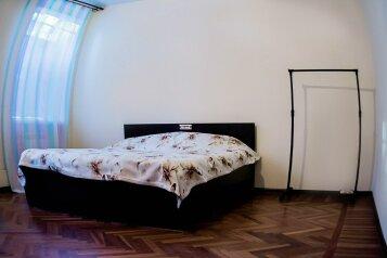 Комфортный двухместный номер:  Номер, Люкс, 2-местный, 1-комнатный, Мини-отели, Пятницкого на 7 номеров - Фотография 2