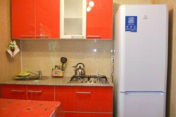 Коттедж, 35 кв.м. на 6 человек, 2 спальни, микрорайон 2, Ольгинка - Фотография 4