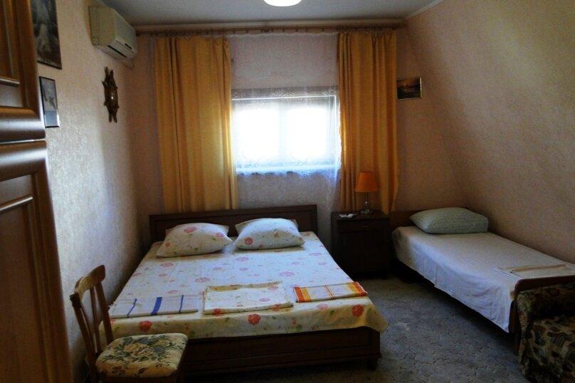 Двухкомнатная квартира, 50 кв.м. на 6 человек, 2 спальни, улица Амет-Хана Султана, 10, Алупка - Фотография 1