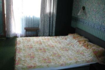 Эллинг трехкомнатный в 50 м от моря, 80 кв.м. на 6 человек, 3 спальни, Кооператив Якорь, 45, Николаевка, Крым - Фотография 1