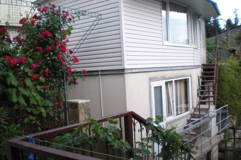 Домик с 2-х местными апартаментами и домик с 3-местными апартаментаит, улица Свердлова, 19, Ялта - Фотография 12