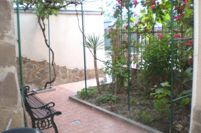 Домик с 2-х местными апартаментами и домик с 3-местными апартаментаит, улица Свердлова, 19, Ялта - Фотография 13