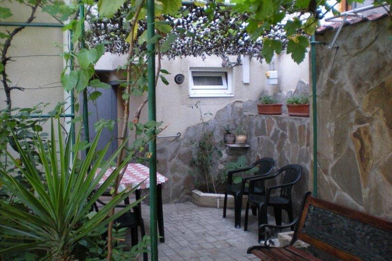 Домик с 2-х местными апартаментами и домик с 3-местными апартаментаит, улица Свердлова, 19, Ялта - Фотография 25