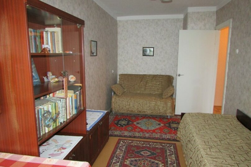 1-комн. квартира, 40 кв.м. на 3 человека, улица Адмирала Юмашева, 10, Севастополь - Фотография 3