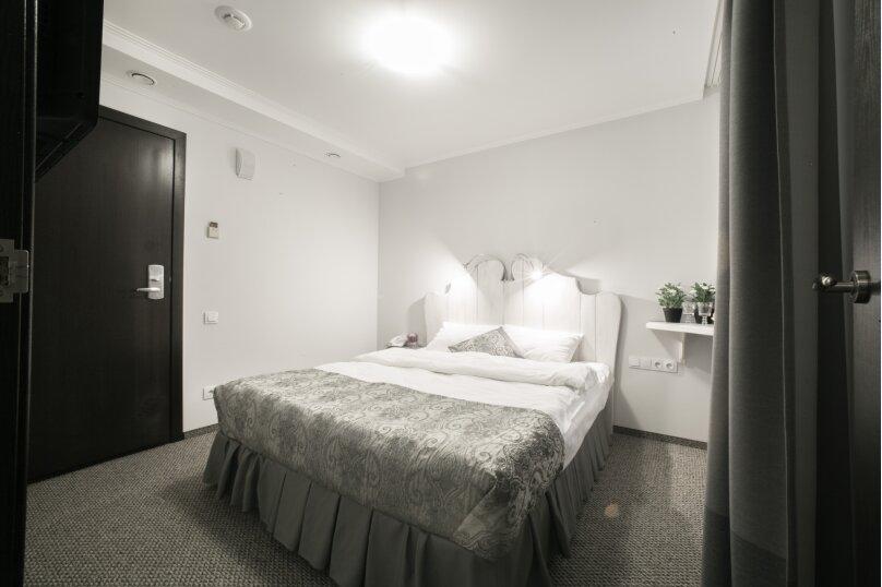 Двухместный с одной кроватью, улица Маяковского, 18, Омск - Фотография 1