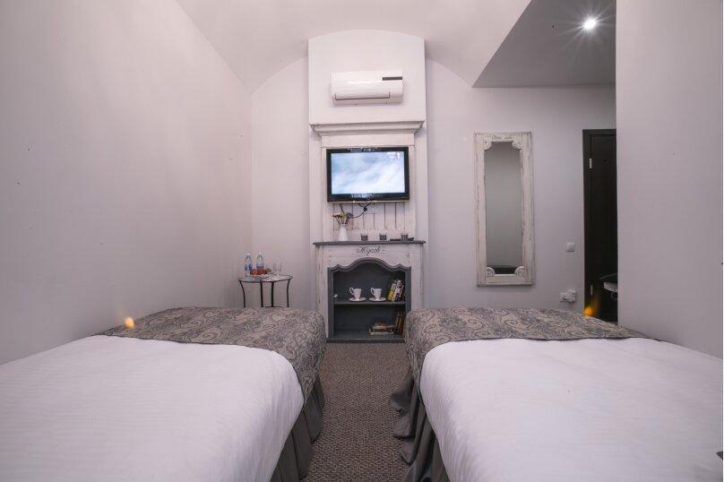 Двухместный с двумя кроватями, улица Маяковского, 18, Омск - Фотография 1