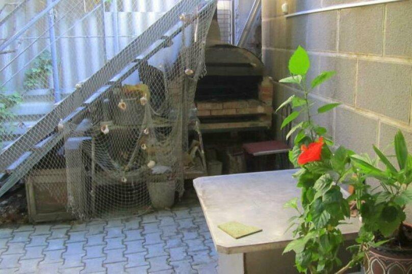 """Гостевой дом """"Чёрное море"""", Санаторный переулок, 6 на 3 комнаты - Фотография 6"""