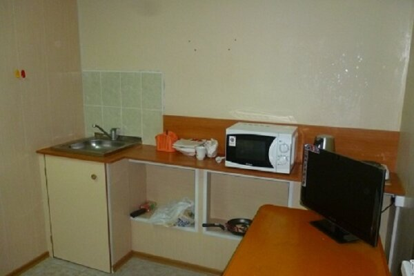 Отдельная комната, Первомайская улица, 83, Сыктывкар - Фотография 1