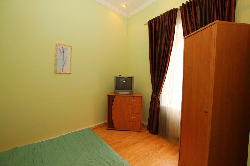 2-комн. квартира на 4 человека, улица Дражинского, 4А, Ялта - Фотография 3
