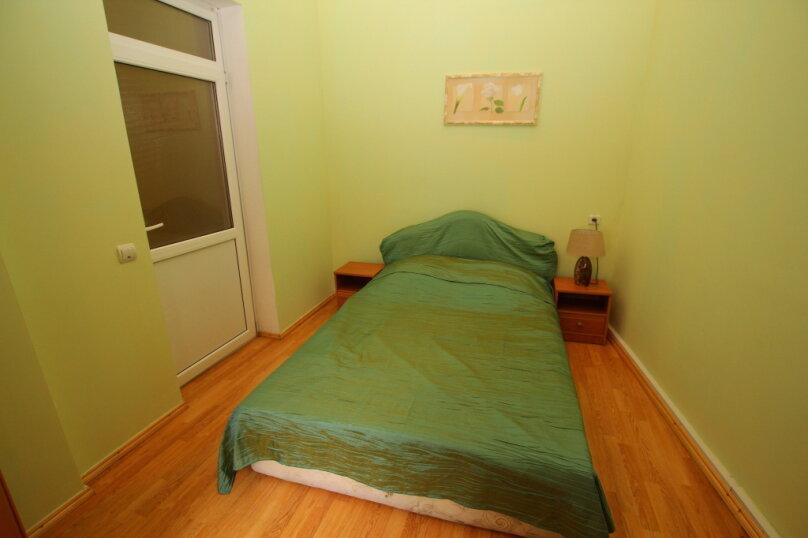 2-комн. квартира на 4 человека, улица Дражинского, 4А, Ялта - Фотография 7