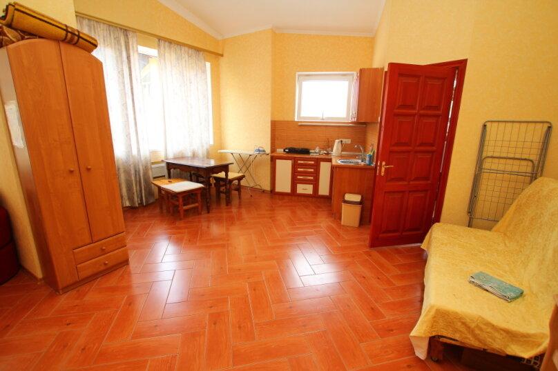 1-комн. квартира, 35 кв.м. на 4 человека, Среднеслободская улица, 24А, Ялта - Фотография 2