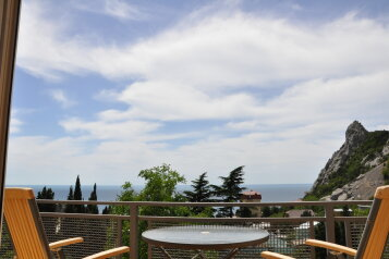Часть дома. Панорамный люкс с балконом. на 2 человека, 1 спальня, улица Васильченко, 16, Симеиз - Фотография 1