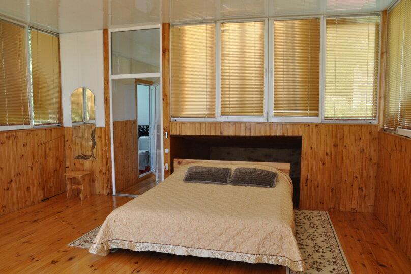 Часть дома. Панорамный люкс с балконом. на 2 человека, 1 спальня, улица Васильченко, 16, Симеиз - Фотография 25