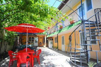 Мини-отель, Можжевеловая улица на 7 номеров - Фотография 1
