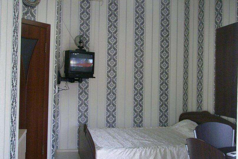 Коттедж для 4-х Однокомнатный в двухуровнях, 30 кв.м. на 4 человека, 1 спальня, улица Руданского, 11, Ялта - Фотография 16