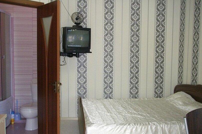 Коттедж для 4-х Однокомнатный в двухуровнях, 30 кв.м. на 4 человека, 1 спальня, улица Руданского, 11, Ялта - Фотография 18