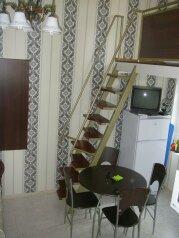 Коттедж для 4-х Однокомнатный в двухуровнях, 30 кв.м. на 4 человека, 1 спальня, улица Руданского, Ялта - Фотография 3