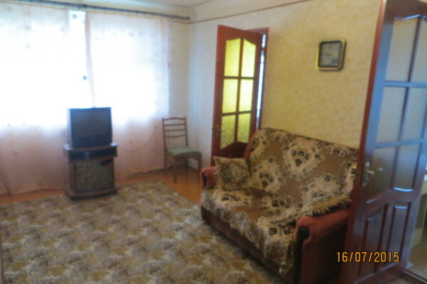 3-комн. квартира, 50 кв.м. на 4 человека, улица Истрашкина, 3, Уютное, Судак - Фотография 1