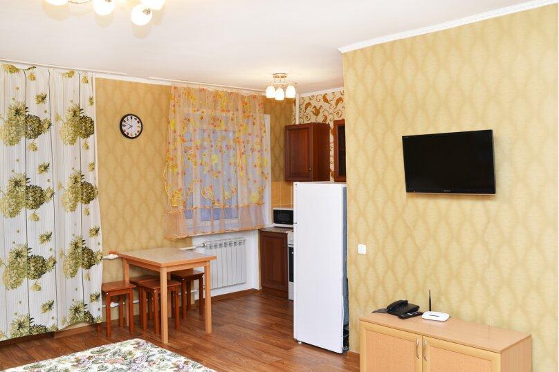 1-комн. квартира, 33 кв.м. на 2 человека, улица Кирова, 32, Калуга - Фотография 1