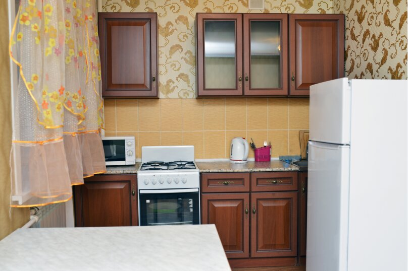1-комн. квартира, 33 кв.м. на 2 человека, улица Кирова, 32, Калуга - Фотография 4
