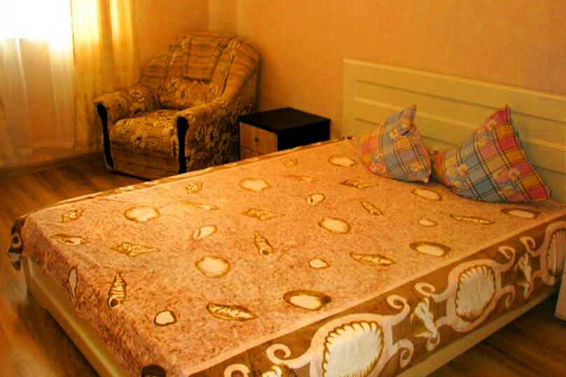 1)Однокомнатная кв-ра в собственном доме с кухней и отоплением на 2 человека, улица Колодяжного, 14, Динамо, Феодосия - Фотография 3
