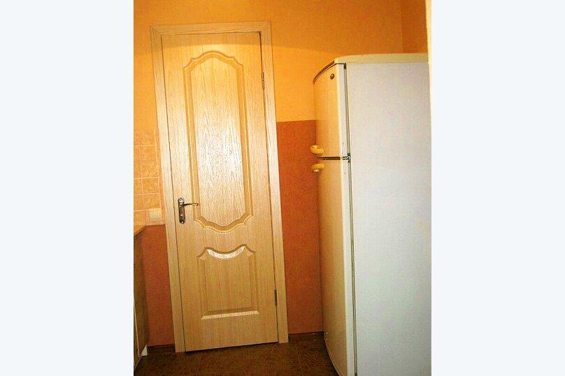 1)Однокомнатная кв-ра в собственном доме с кухней и отоплением на 2 человека, улица Колодяжного, 14, Динамо, Феодосия - Фотография 6